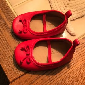 🌿Old Navy Baby Apple Red Ballet Flats